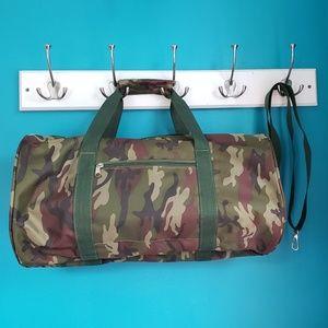 Canvas Camouflage Duffel bag NWOT